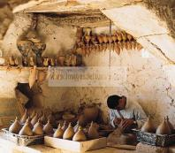 djerba;ile;jerba;guellala;art;artisan;artisanat;atelier;poterie;potier;