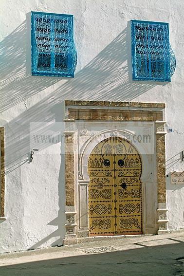 architecture;musulmane;medina;porte;tunis;dar;fa�ade;fenetre;Palais;moucharabieh;