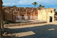 campagne;champs;djerba;ile;jerba;midoun;architecture;musulmane;Palais;