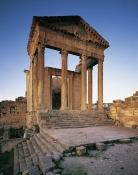 architecture-antique;antiquite;romain;dougga;temple;capitole