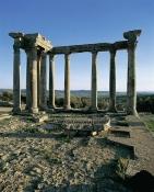architecture-antique;antiquite;romain;dougga;temple;caelestis