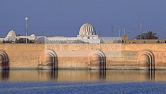 citerne;bassin;architecture musulmane;aghlabite;islam;kairouan