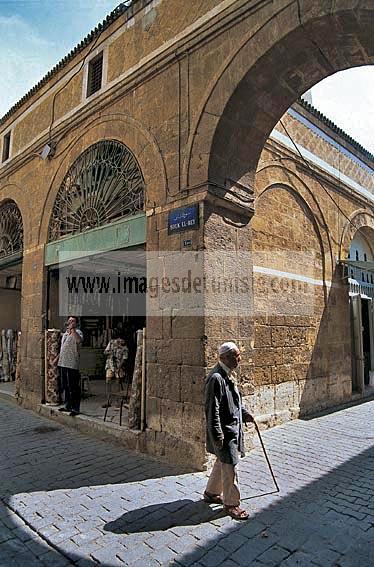 architecture;musulmane;medina;porte;souk;tunis;