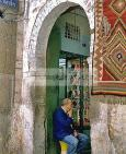 artisan;artisanat;bijoutier;medina;porte;souk;tunis;