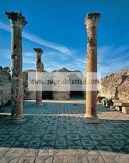 antiquite;romain;thuburbo;majus;thermes;