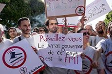 Manif contre le projet de loi sur la réconciliation économique
